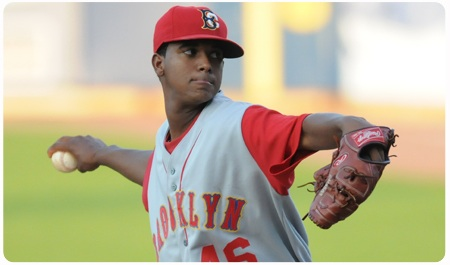 CYCLONES FALL TO 'GADES